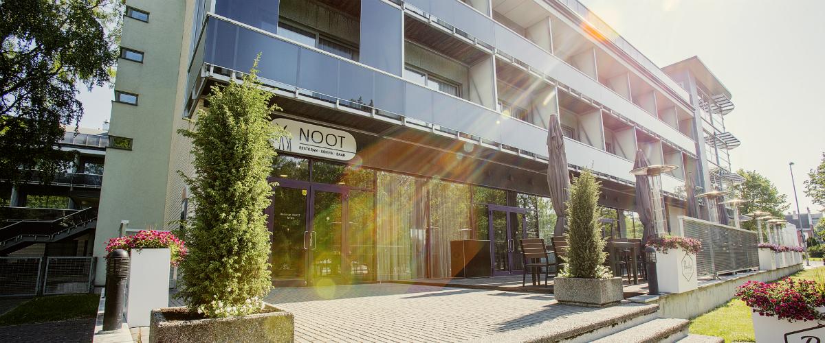 noot1200x500